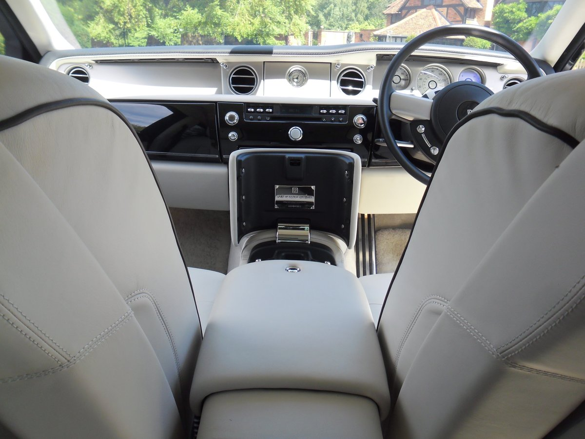 2011 ROLLS-ROYCE PHANTOM 1 of 100 Ltd Edition For Sale (picture 6 of 6)