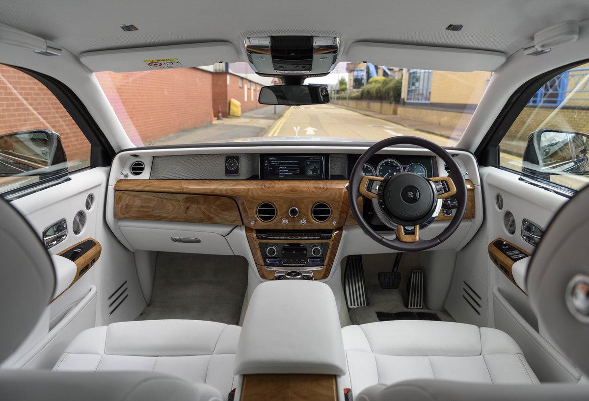 2018 Rolls-Royce Phantom VIII EWB (Extended Wheel Base) (RHD) For Sale (picture 14 of 24)