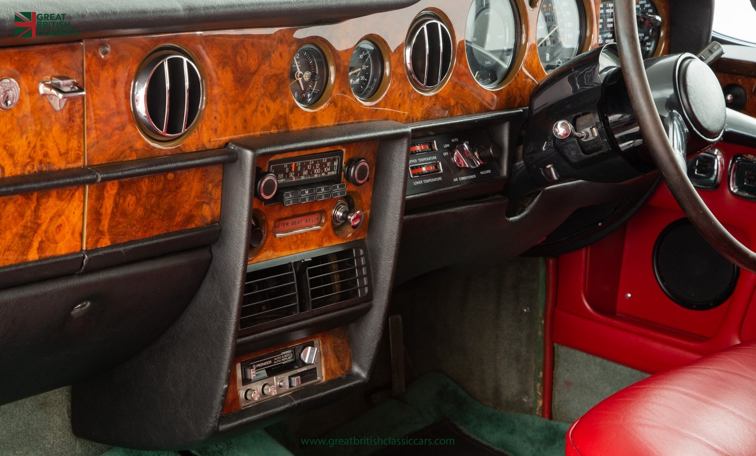 1978 ROLLS ROYCE CORNICHE // HIGHLAND GREEN // HUGE HISTORY FILE  For Sale (picture 17 of 24)