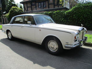 RR SILVER SHADOW LWB WITH DIVISION  1970  SUPERB RARE MODEL