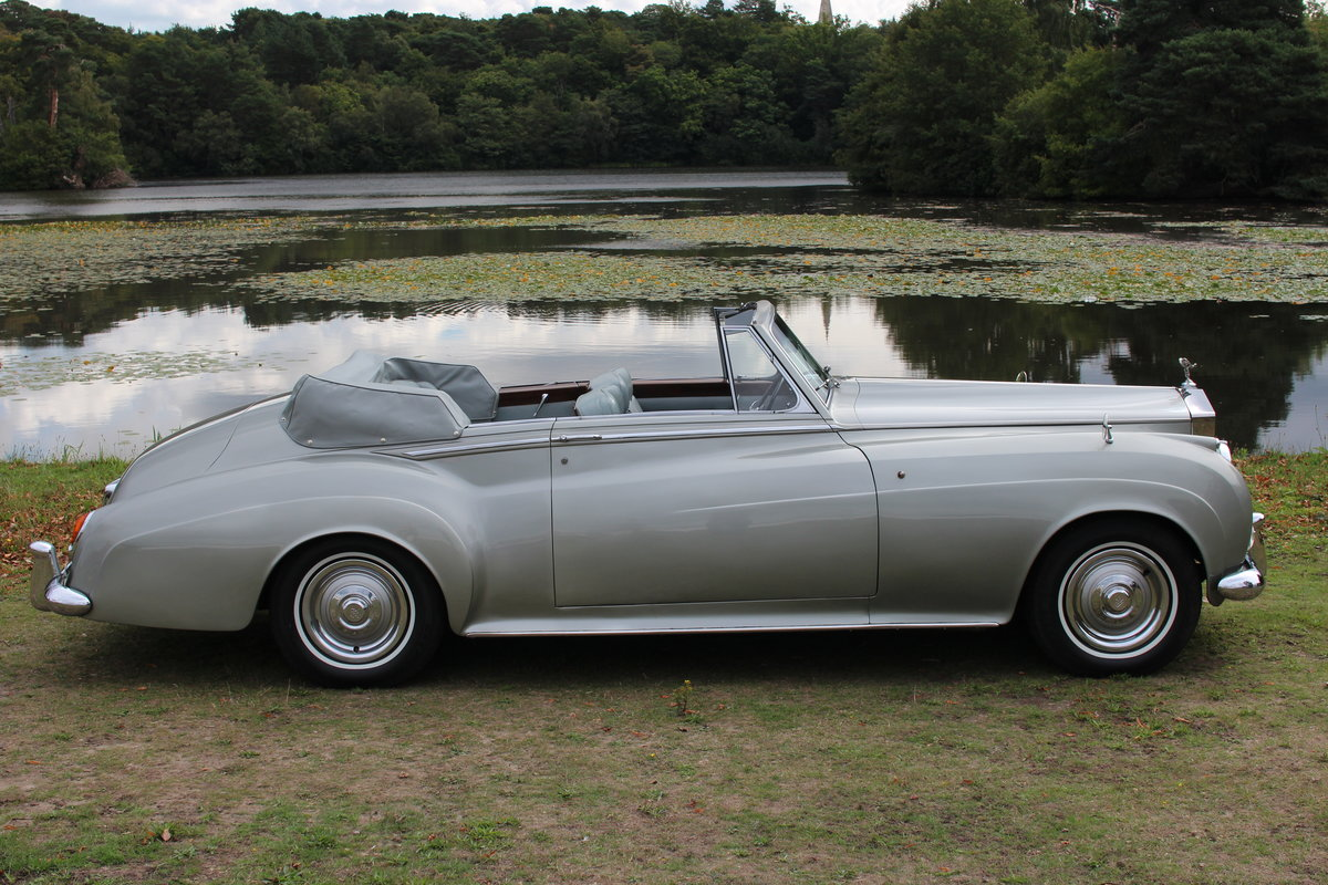 1961 Rolls-Royce Silver Cloud II Drophead Coupe by H.J.Mulliner For Sale (picture 1 of 2)