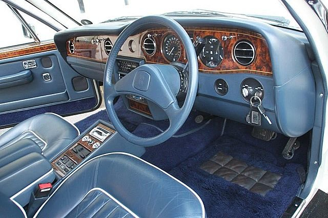 1990 Rolls Royce Silver Spirit 2 (Only 13,000 miles) For Sale (picture 4 of 6)