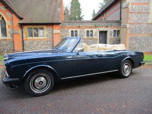 Picture of 1982 ROLLS ROYCE CORNICHE CONVERTIBLE  Y REG  STUNNING