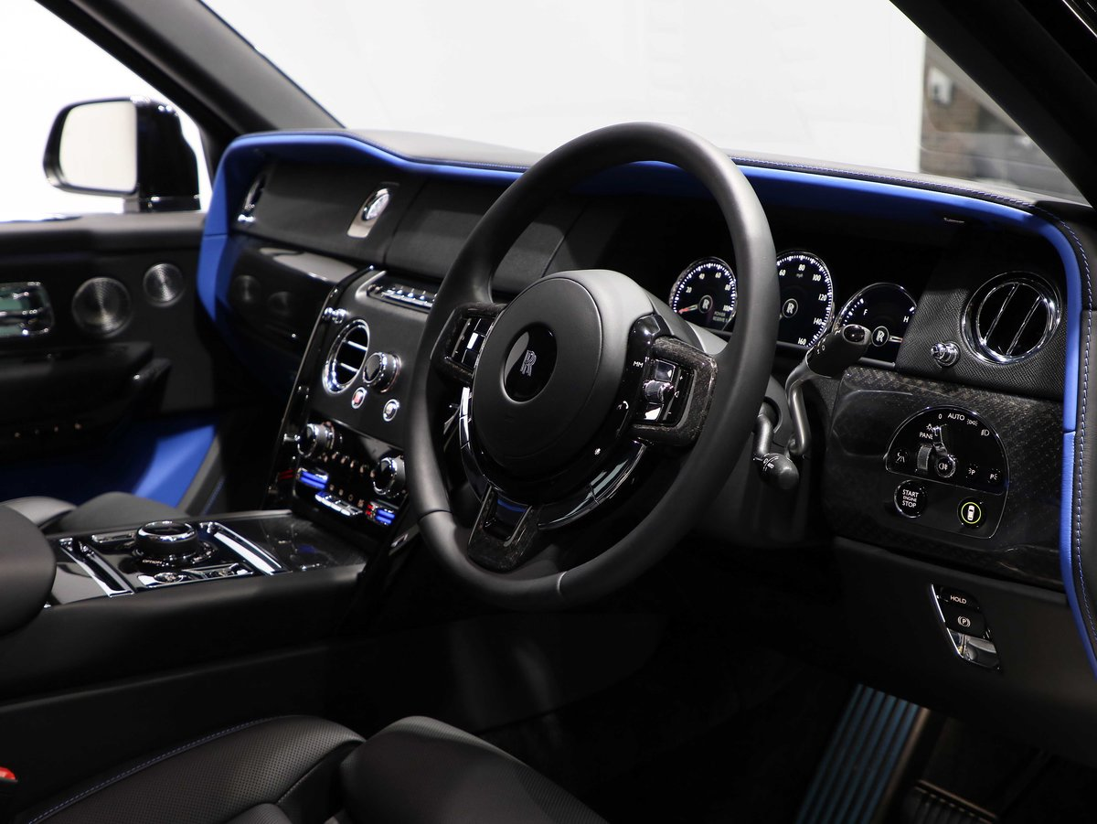 2020 20 20 ROLLS ROYCE CULLINAN BLACK BADGE 6.75 V12 AUTO For Sale (picture 5 of 12)