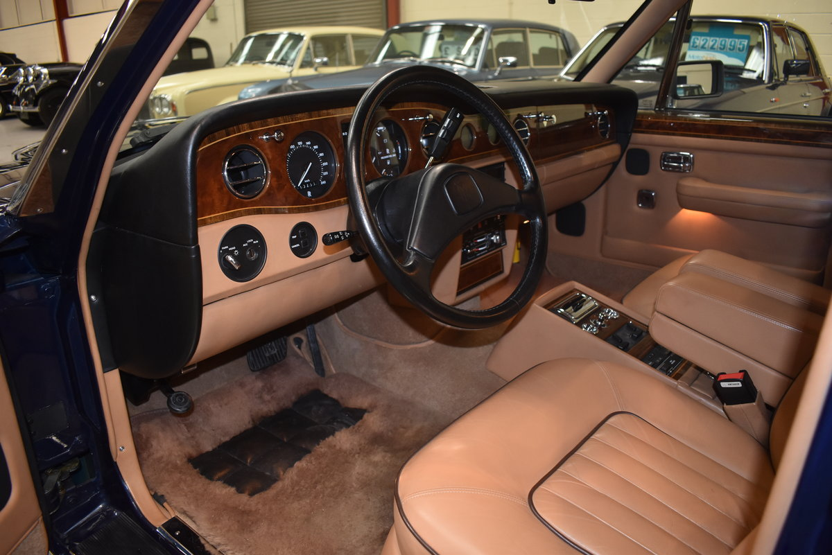 1991 Incredible 6,000 miles from new. Left hand drive For Sale (picture 9 of 11)