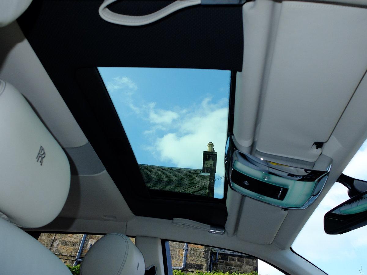 2014 ROLLS PHANTOM 11 - STARLIGHT - SUNROOF - 15K MILES - SUPERB For Sale (picture 8 of 12)