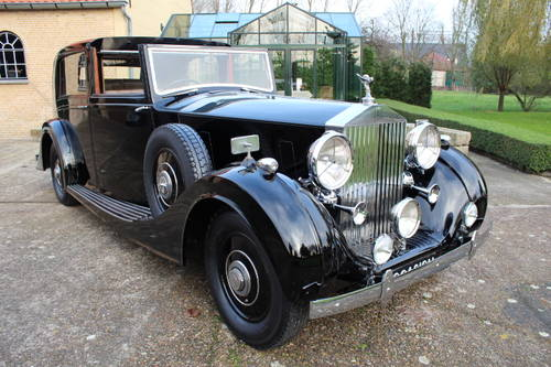 1937 Rolls-Royce Phantom III Windovers Sedanca de Ville For Sale (picture 1 of 6)
