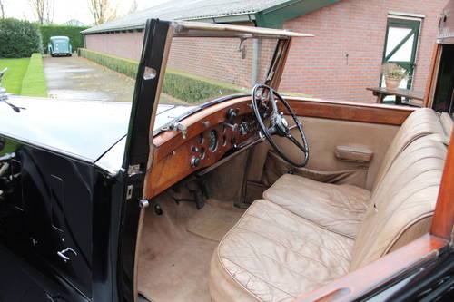 1937 Rolls-Royce Phantom III Windovers Sedanca de Ville For Sale (picture 4 of 6)
