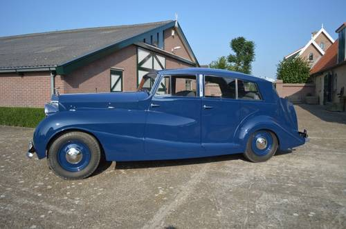 1947 Rolls-Royce  Silver Wraith - Harwood For Sale (picture 2 of 6)