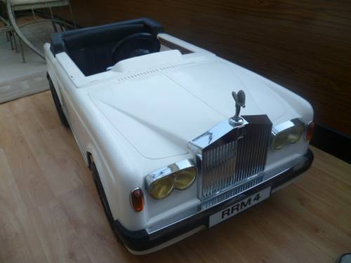 ROLLS  ROYCE Corniche ( VINTAGE ElettricTOY  Car ) 1988 For Sale (picture 1 of 5)