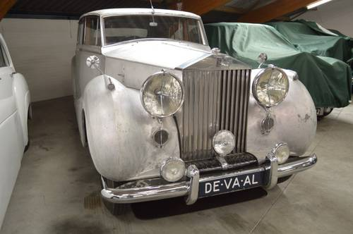 1951 Rolls-Royce Silver Wraith / H.J. Mulliner For Sale (picture 1 of 4)