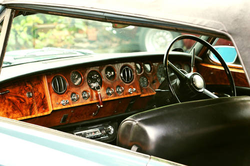 1967 Rolls Royce Corniche Convertible for Self Drive Hire For Hire (picture 3 of 6)