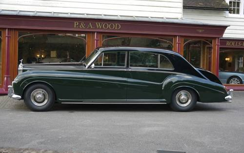 Rolls-Royce Phantom V 1965 Touring Limousine by James Young For Sale (picture 2 of 3)