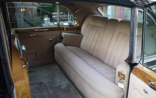 Rolls-Royce Phantom V 1965 Touring Limousine by James Young For Sale (picture 3 of 3)