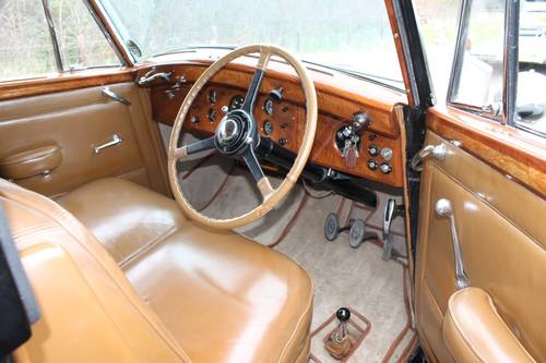 1949 Rolls-Royce Silver Wraith.  Coachwork by H J Mulliner For Sale (picture 3 of 6)