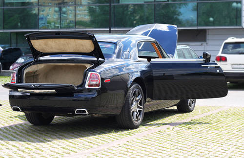 Rolls-Royce Phantom Coupe LHD 2009 25k Kilometers  For Sale (picture 5 of 6)