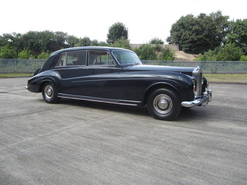 1967 Rolls-Royce Phantom V Limousine by James Young (PV16) For Sale (picture 1 of 6)