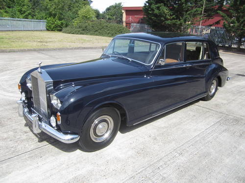 1967 Rolls-Royce Phantom V Limousine by James Young (PV16) For Sale (picture 4 of 6)