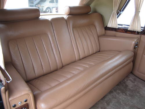 1967 Rolls-Royce Phantom V Limousine by James Young (PV16) For Sale (picture 6 of 6)