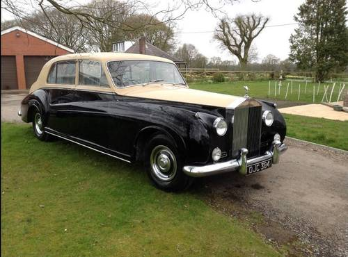1962 James Young Phantom V RHD Touring Limousine  For Sale (picture 1 of 4)