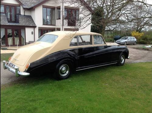 1962 James Young Phantom V RHD Touring Limousine  For Sale (picture 2 of 4)