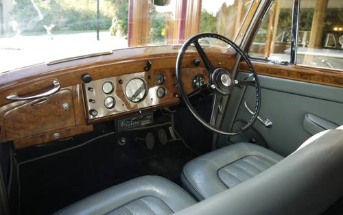 Rolls-Royce Silver Dawn 1951 Standard Saloon For Sale (picture 3 of 3)