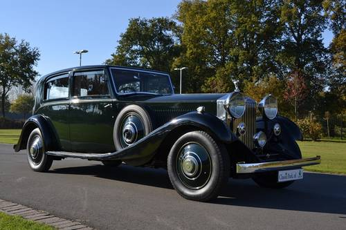 1934 (539)  Rolls Royce Phantom II Sports Saloon by James Young For Sale (picture 4 of 6)