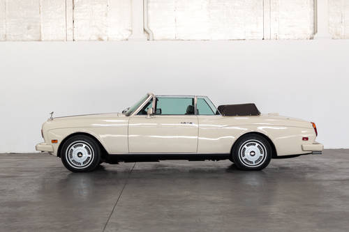 1986 Rolls Royce Corniche II For Sale (picture 3 of 6)