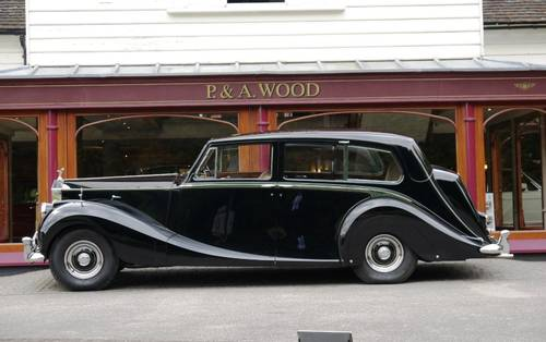 Rolls-Royce Silver Wraith 1958 Limousine by Hooper For Sale (picture 2 of 3)