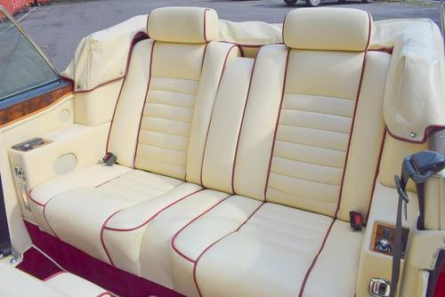 1992 K Rolls Royce Corniche Convertible III in Vermillion For Sale (picture 3 of 6)