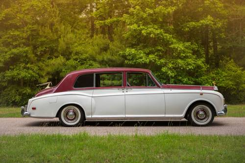 1971 Rolls Royce PHANTOM VI BY MPW SOLD (picture 2 of 6)