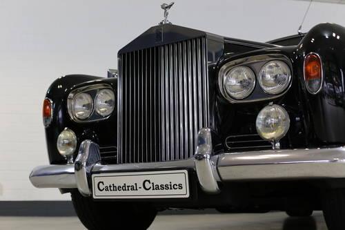 1963  Rolls Royce Silver Cloud III Standard Saloon  SOLD (picture 3 of 6)