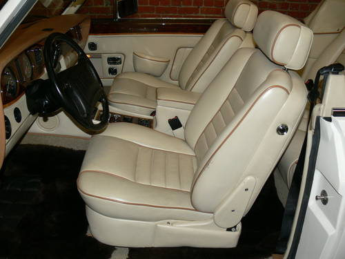1990 Rolls Royce Cornich SOLD (picture 4 of 6)