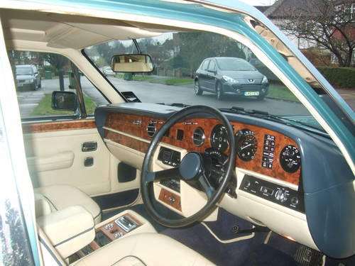 Rolls Royce Silver Spirit 1989 G Reg  ABS/ Injection  SOLD (picture 4 of 6)