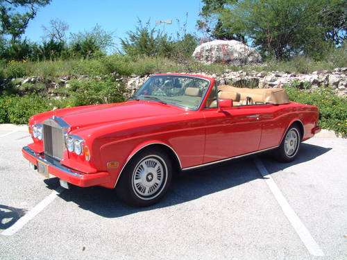 1988 Rolls Royce Corniche II Convertible LHD For Sale (picture 2 of 6)