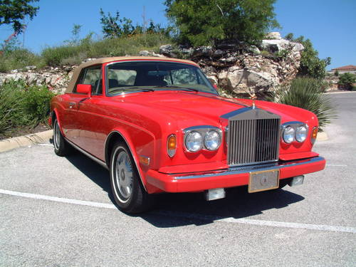 1988 Rolls Royce Corniche II Convertible LHD For Sale (picture 3 of 6)