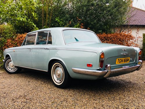 1973 BENTLEY T1 - TUNNING SILVER SHADOW ALTERNATIVE - VALUE SOLD (picture 2 of 6)