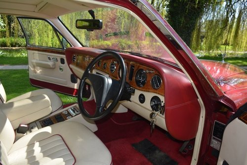 Rolls Royce Silver Spirit II 1992, 58000 miles For Sale (picture 5 of 6)