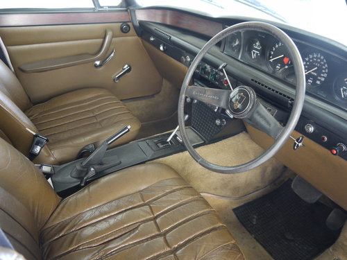 1974 ROVER P6 3500 V8 SALOON WITH LEATHER AND PAS !! SOLD (picture 5 of 6)