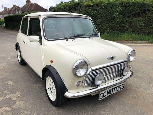 Rover Mini Seven 2000 X in white only 30,000miles For Sale (picture 1 of 6)