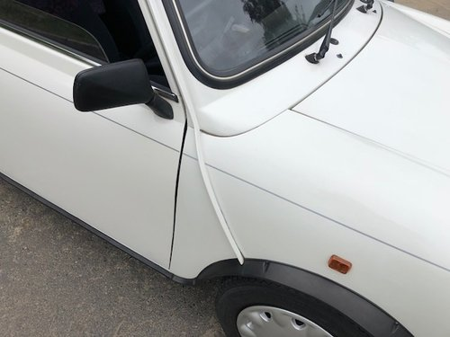 1994 Rare Mini 35 in white with 2 lady owner 29k Miles For Sale (picture 3 of 6)