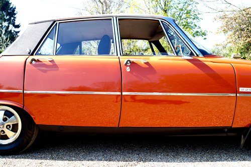 1974 P6 MANUAL TC OPTIONS       TAX/MOT EXEMPT SOLD (picture 1 of 1)