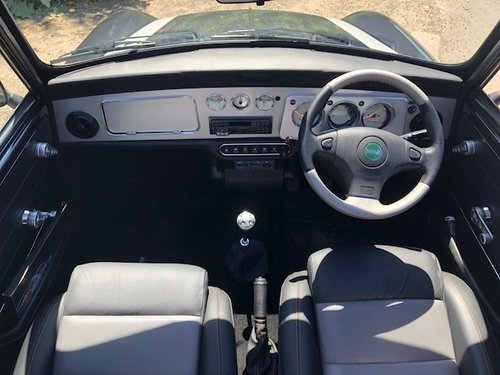 Mini Cooper sport 2000 in Anthracite and silver 324 miles For Sale (picture 4 of 6)