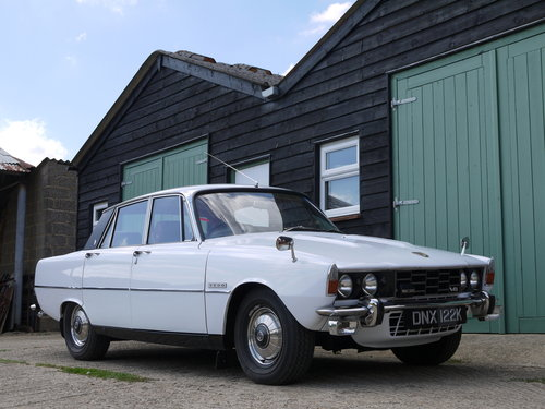 1971 ROVER P6 3500 V8 RESTORED AND UPGRADED CAR!! SOLD (picture 1 of 6)