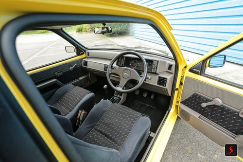 1990 Metro GTA Stunning - 1 owner - 14,724 miles For Sale (picture 6 of 6)