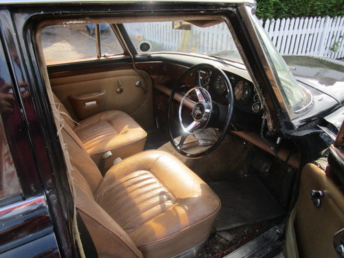1966 Rover P5 3 Litre Auto Saloon SOLD (picture 4 of 6)