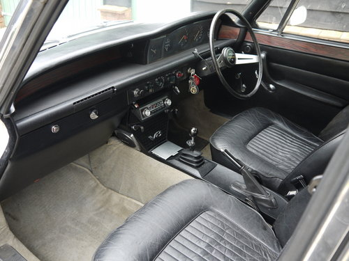 1972 ROVER P6 V8 3500S MANUAL  - 77K MILES FROM NEW !! SOLD (picture 5 of 6)