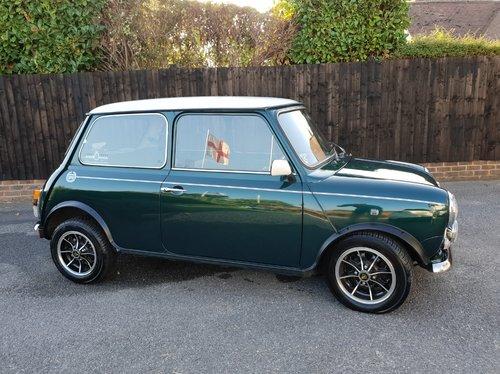 1991 classic Rover Mini Cooper For Sale (picture 1 of 6)
