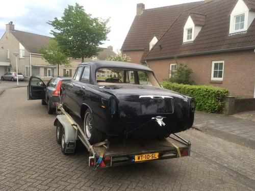 1972 Rover P5B Saloon Admiralty Blue For Sale (picture 4 of 5)
