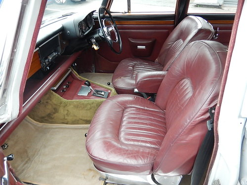 1972 ROVER P5b 3.5 Litre V8 Automatic Saloon ~  SOLD (picture 5 of 6)